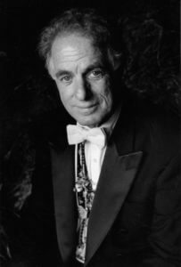 David Amram will visit St. Mary's University.